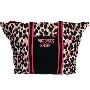 NEW Victoria's Secret weekend tote💘